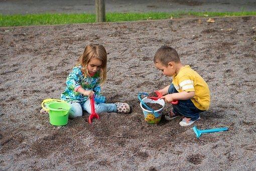 duże piaskownice ogrodowe dla dzieci